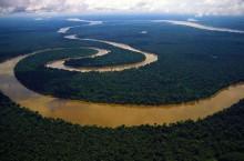 Почему самую полноводную реку назвали Амазонкой