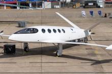 Транспорт будущего — первый в мире электрический самолет