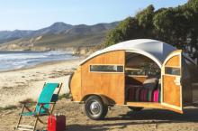 Что выбирают туристы: люкс-номер в отеле или проживание в палатке?