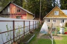 Почему русские люди окружают свои дома заборами «лицом» к соседям
