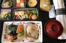 Где лучше заморить червячка в воздухе: ТОП самых вкусных обедов в самолетах