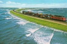 Самые неожиданные места, в которых оказалась проложена железная дорога