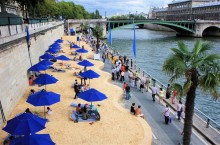 Зачем в Париже вот уже почти 20 лет каждое лето на берегу Сены устраивают искусственные пляжи
