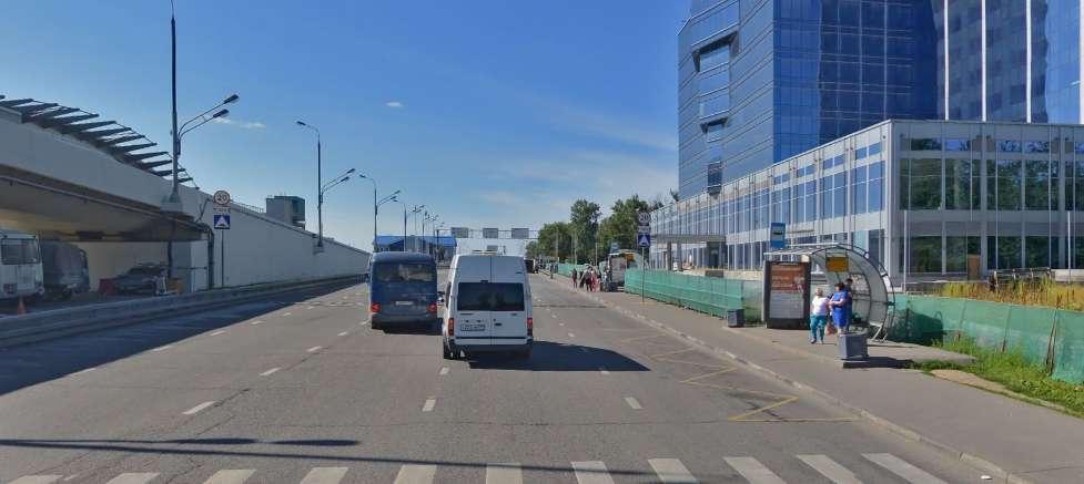 Остановка автобусов в аэропорту Внуково