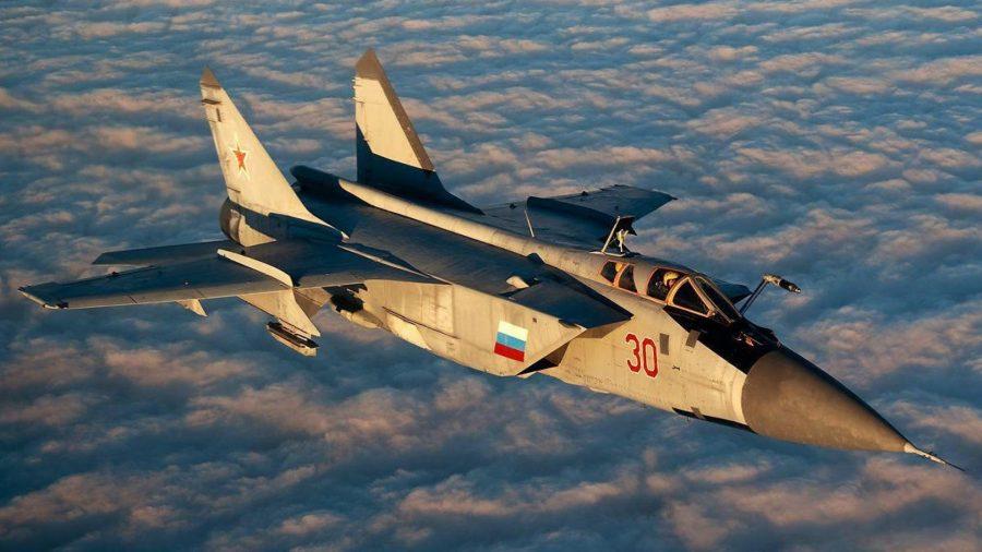 Реактивный самолет МиГ-25