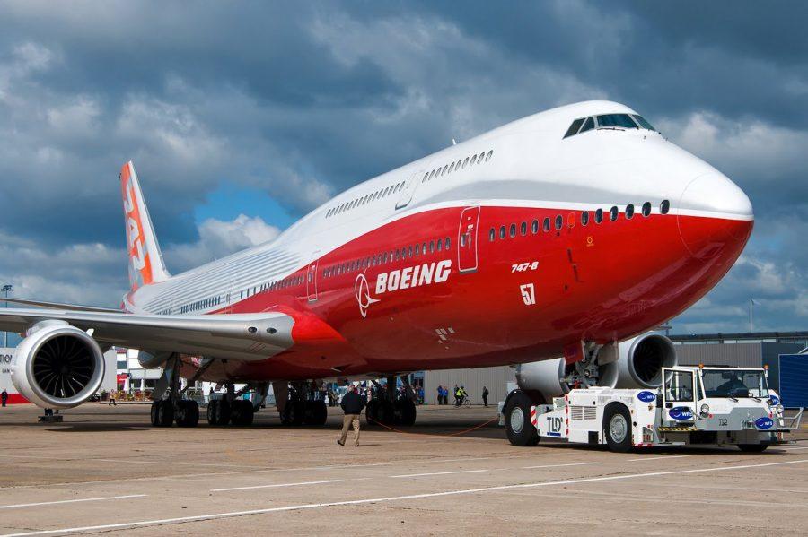 Удлиненная версия лайнера Boeing 747-8