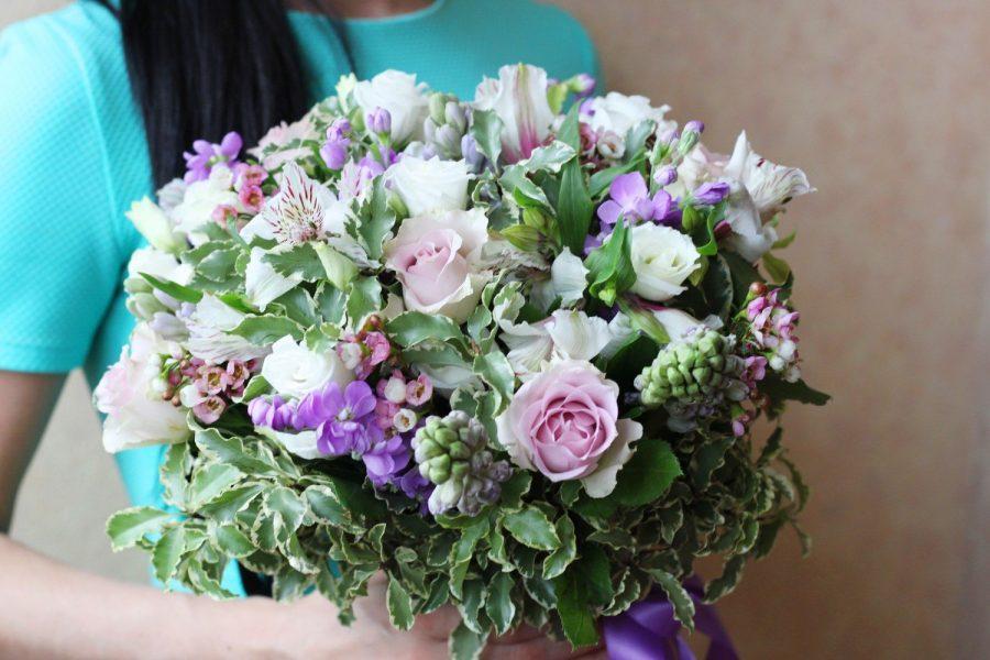 Ароматный букет из цветов
