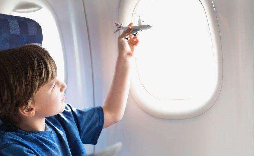 Перелет ребенка в самолете