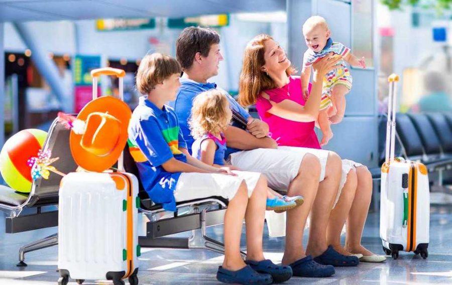 Пассажиры путешествуют с детьми