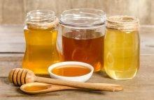 Мед разлитый по емкостям