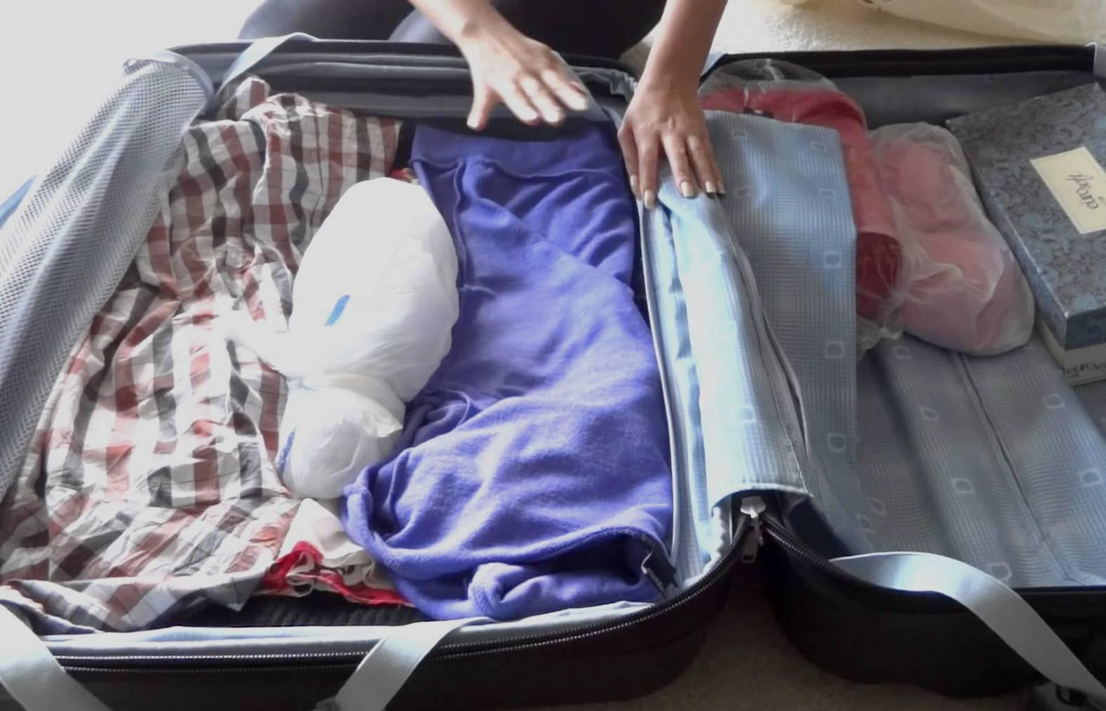 Упаковка алкоголя в чемодан