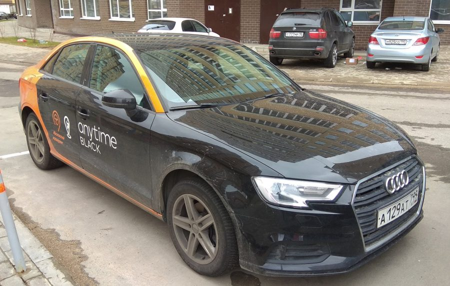 автомобиль Anytime Audi Q3
