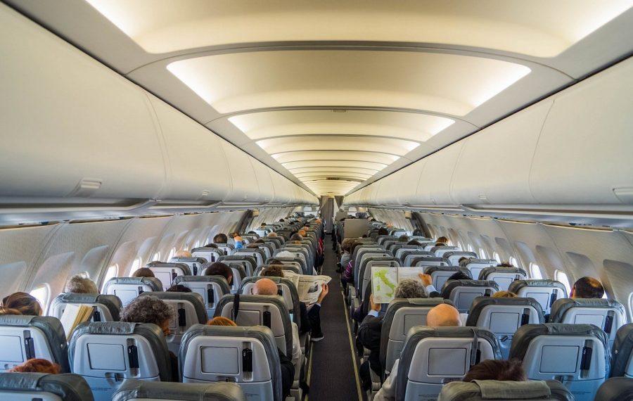 В салоне самолета по субсидированному билету
