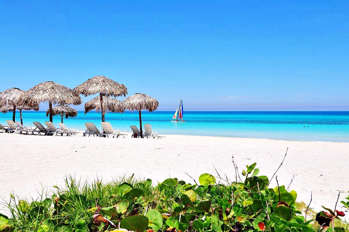 Красивый пляж Варадеро, Куба