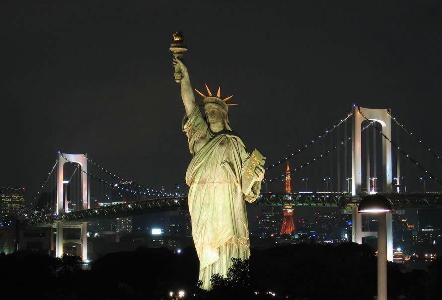 Нью Йорк Статуя свободы