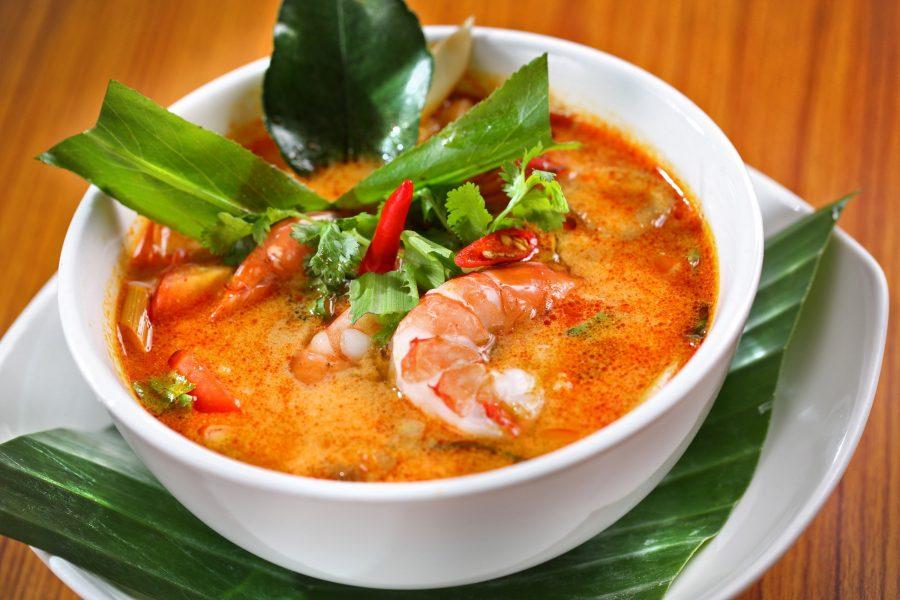 Огненный суп Том Ям в Таиланде