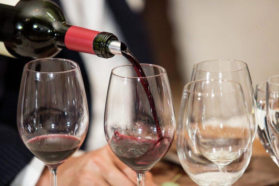 Отведать грузинское вино