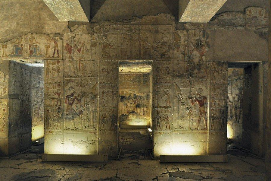 Достопримечательность Могила Осириса в Египте