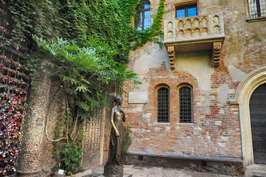 Балкон Джульетты в Италии