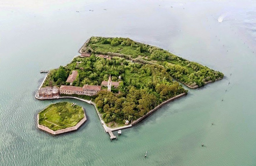 Самые жуткие острова в мире