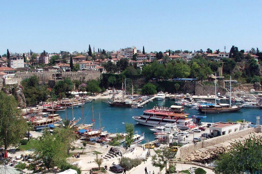Дешевый город Анталья, Турция
