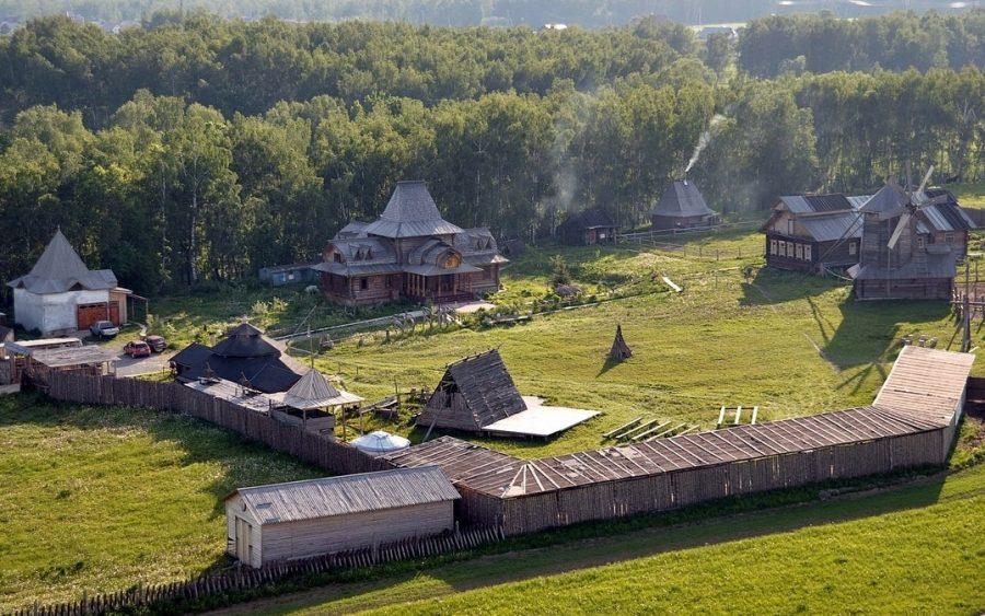 Славянский кремль в Валищево