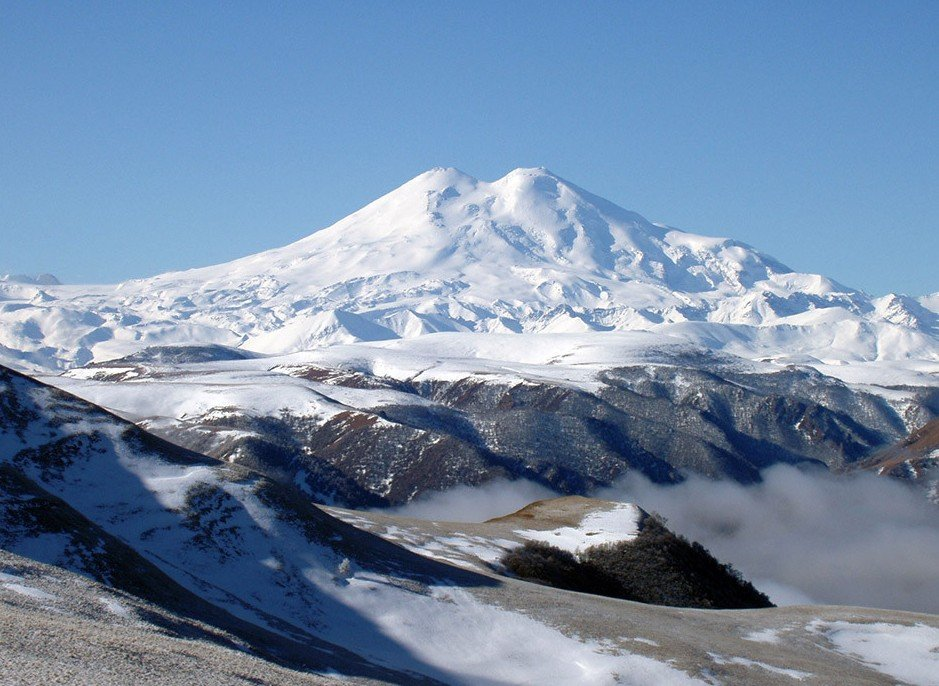 Гора Эльбрус красивое место