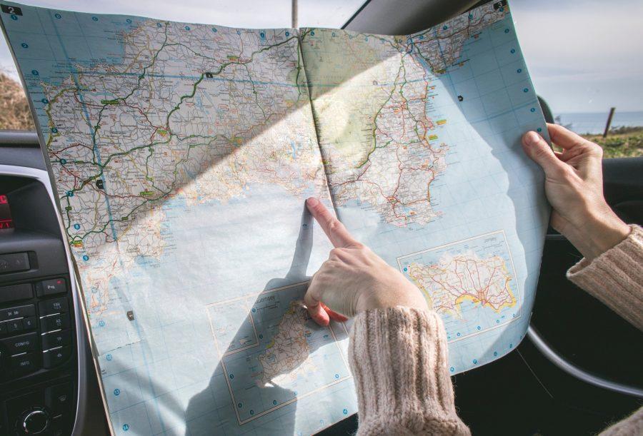 Бумажная карта для путешественника