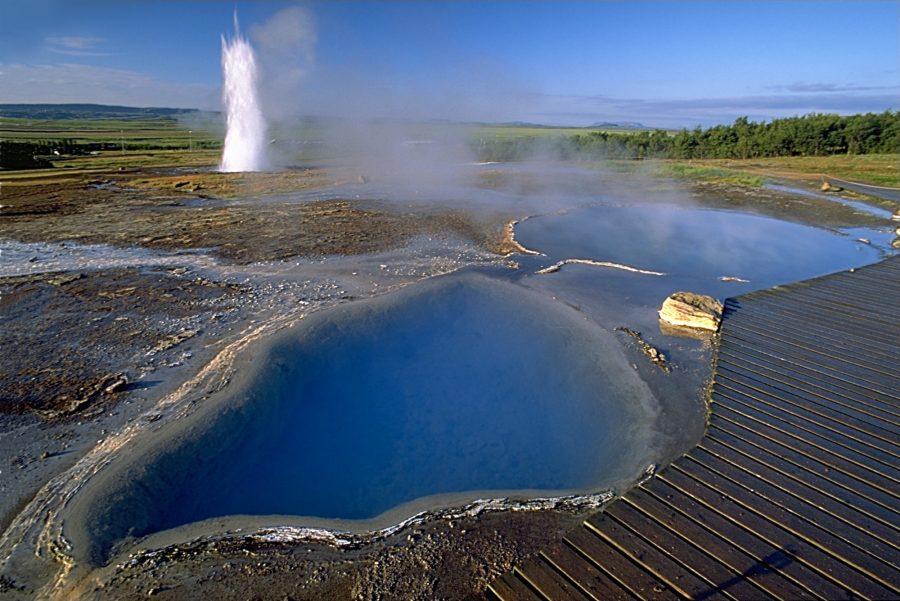 Исландская долина гейзеров Хаукадалур