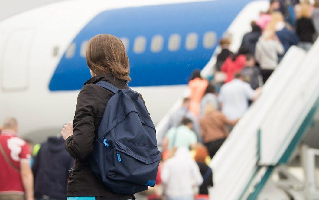 Фальшивые билеты на самолет