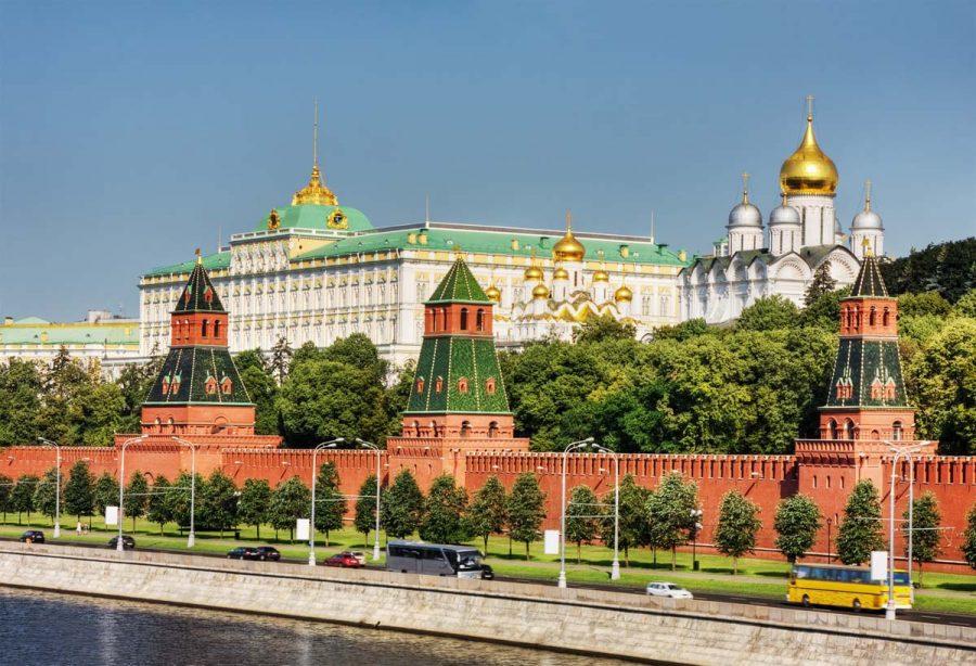 Кремль достопримечательность в Москве