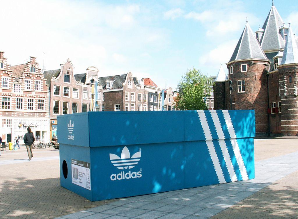 Магазин Коробка для кроссовок в Амстердаме (Нидерланды)