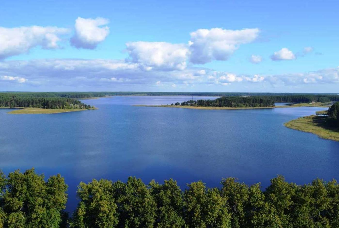 Озеро Селигер, граница Тверской и Новгородской областей