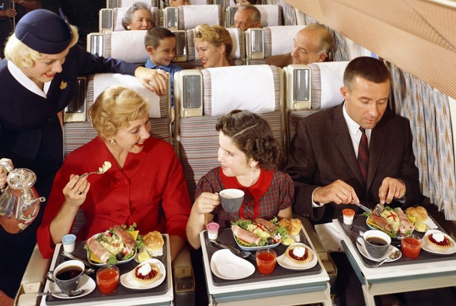 Сервис в самолетах полвека назад