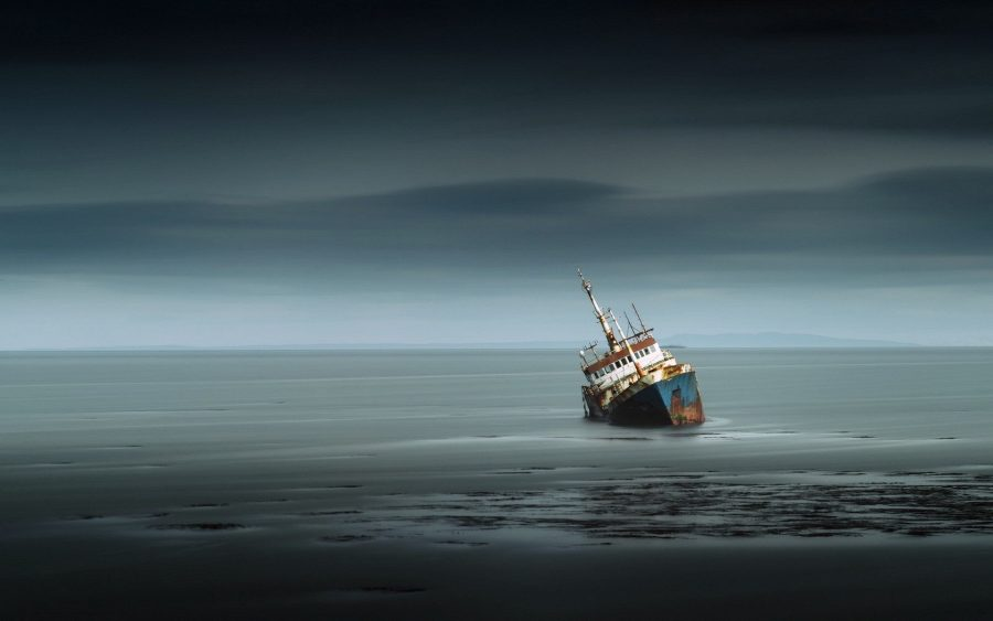 Трагедия корабля и почта бутылкой