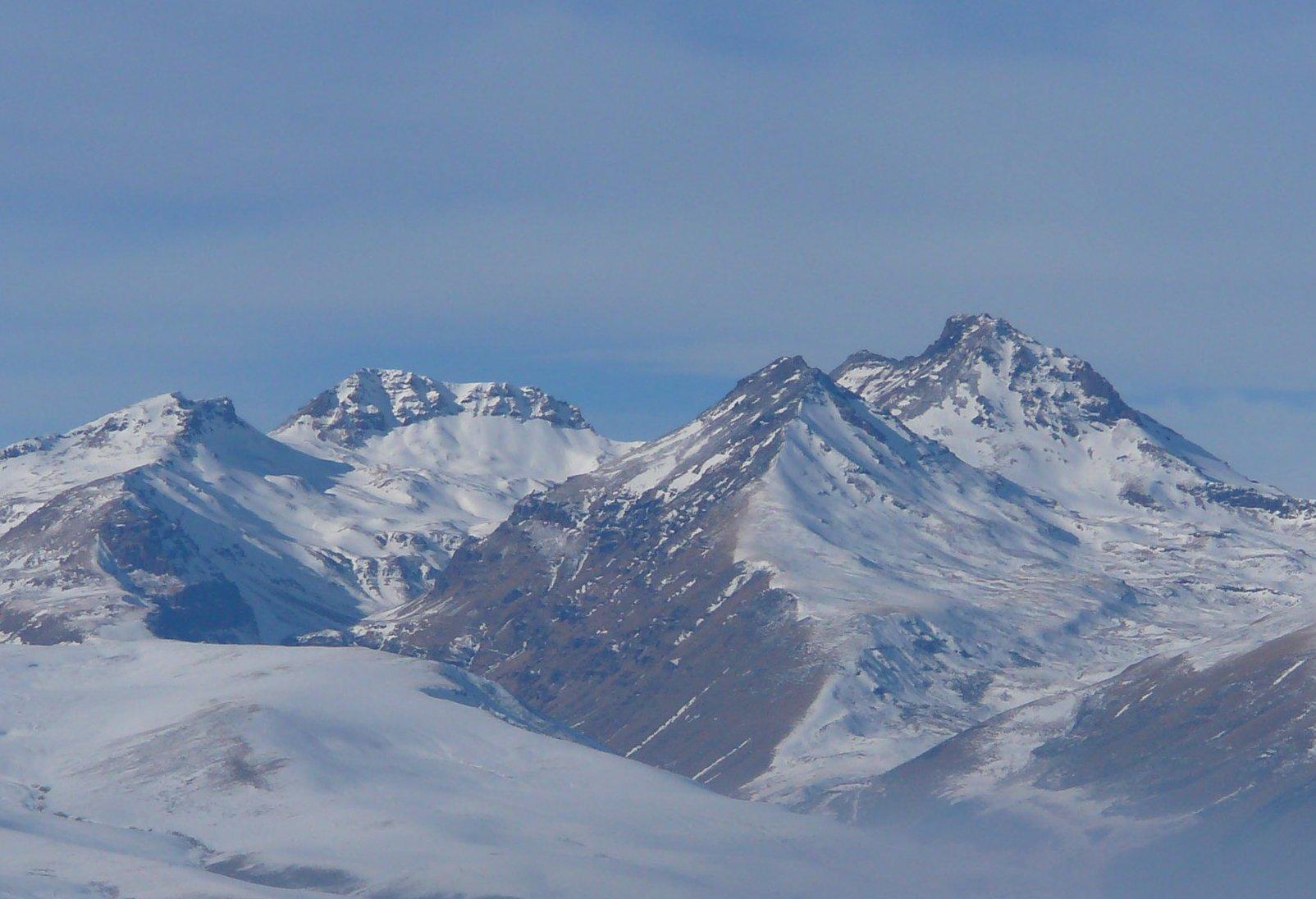 Аномальная гора Арагац, Армения