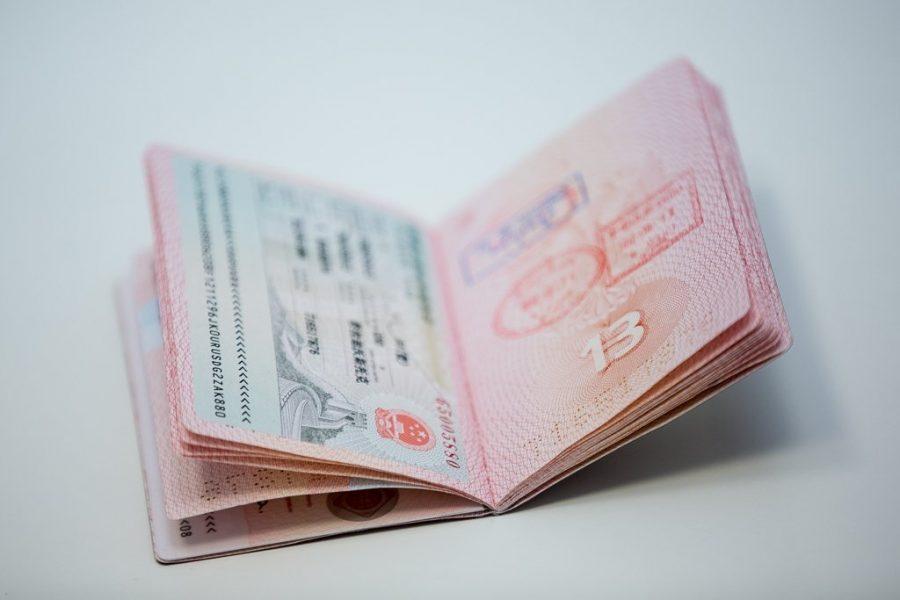 Украли загранпаспорт у туриста