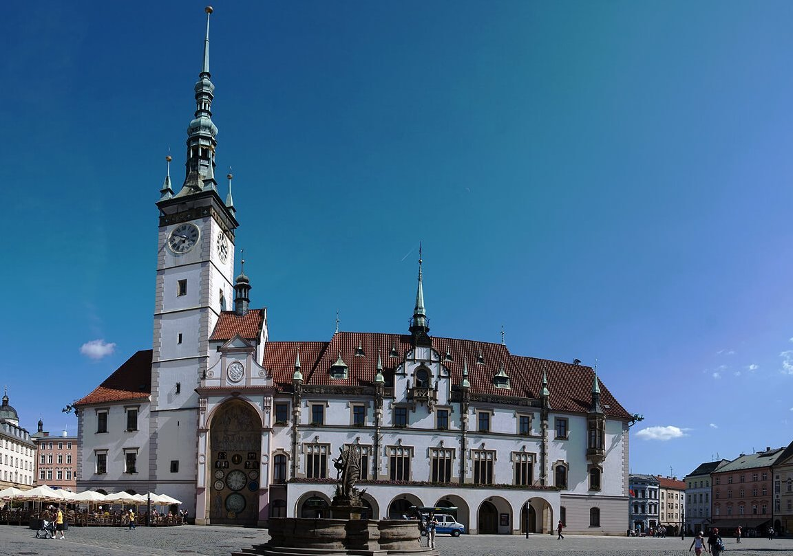 Оломоуц городские часы в Чехии