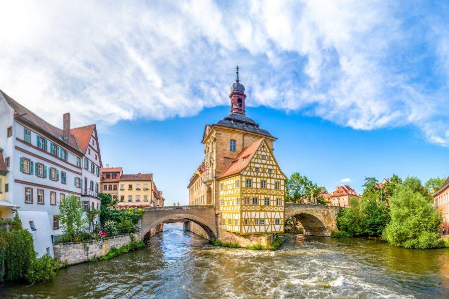 Старый город в Бамберге в Германии