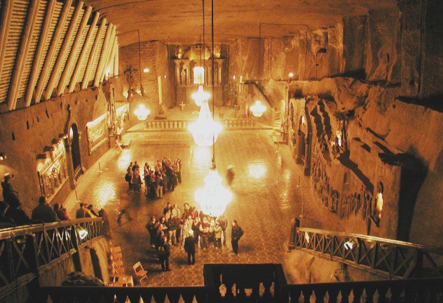 Соляная шахта в Величке в Польше