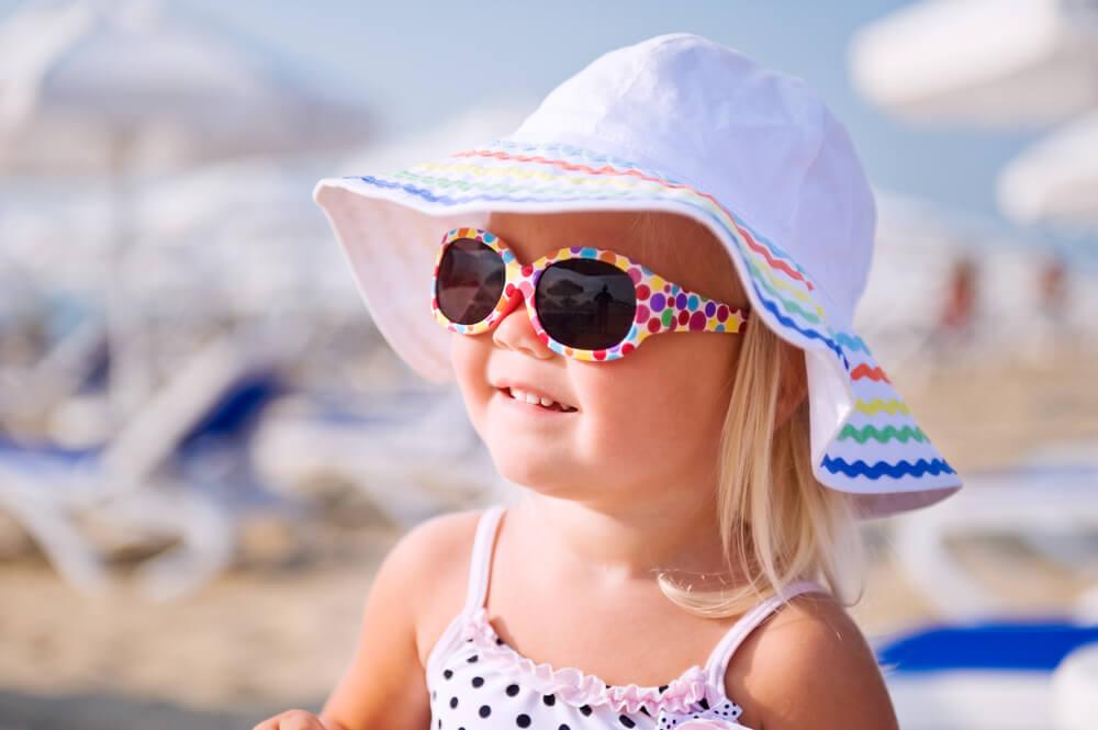 Очки и шапочка для ребенка