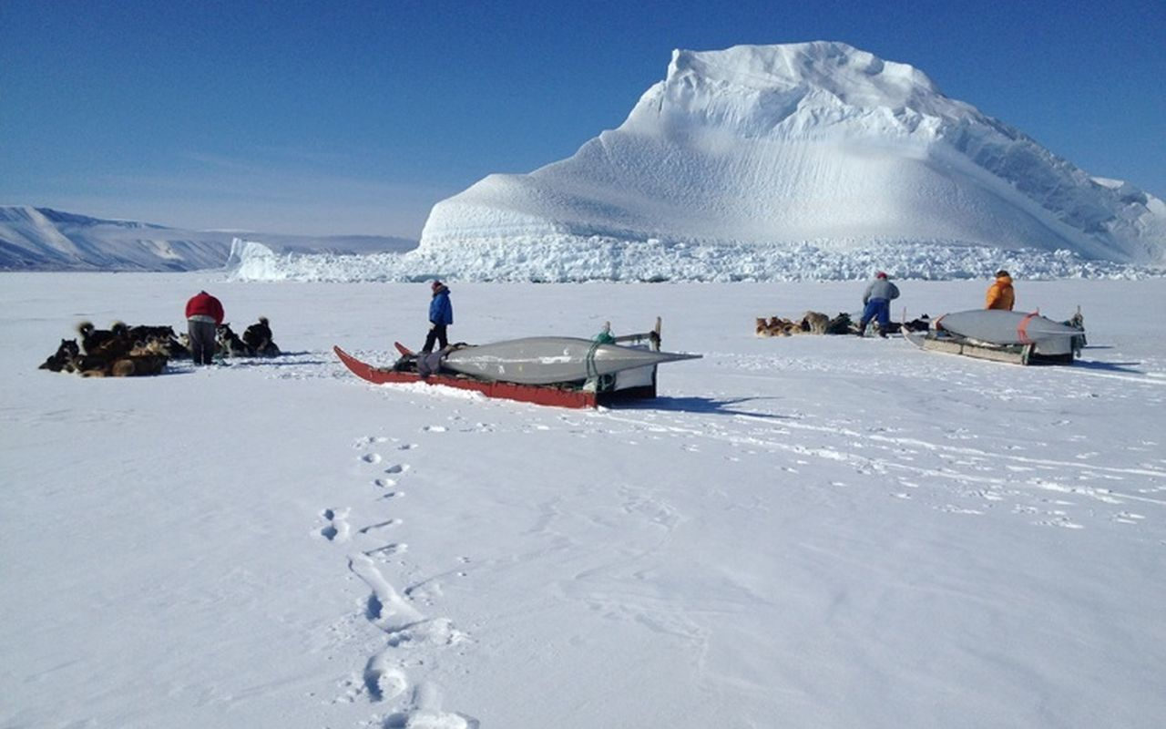 Окрестности станции Айсмитте в Гренландии