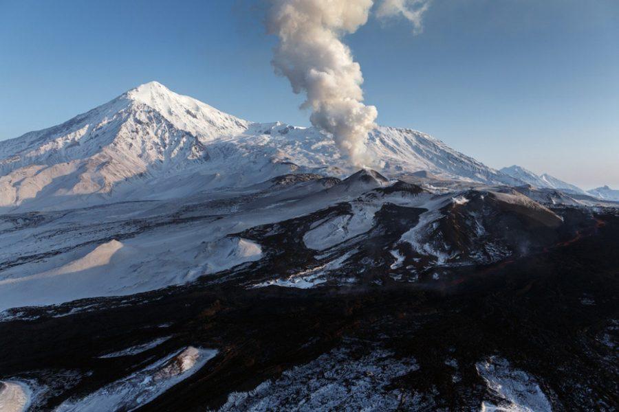 Вулканы на Камчатке привлекают туристов