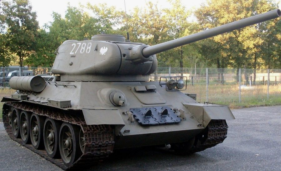 Военная машина танк Т-34