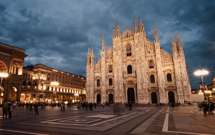 Милан в Италии часто посещаем туристами