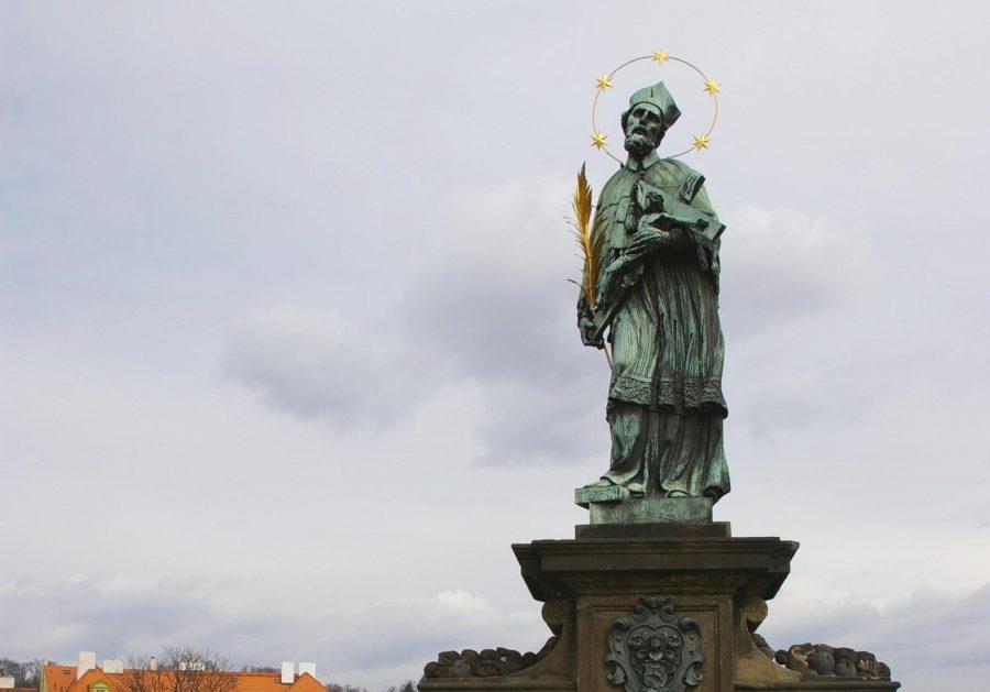 Памятник Пражский Святой Ян