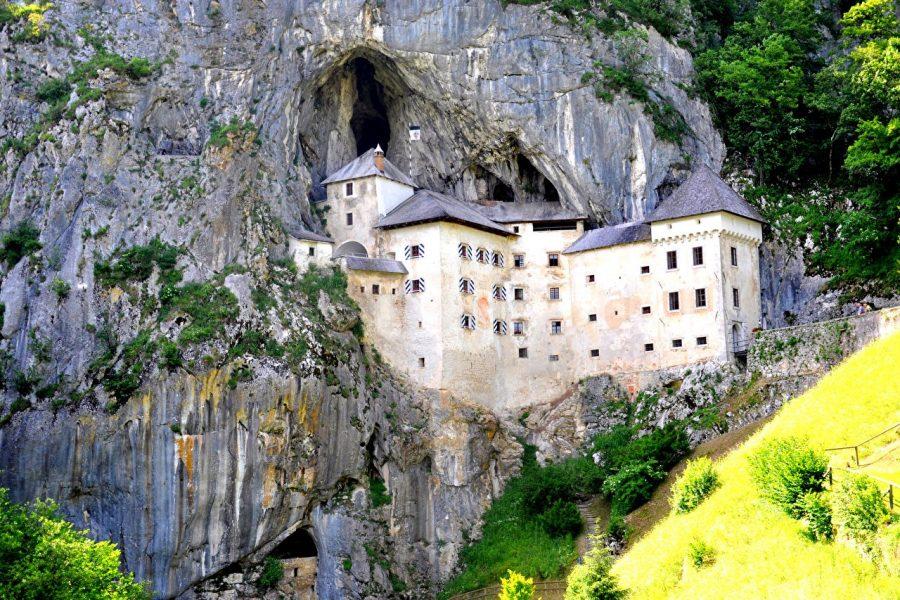 Предъямский Град, Словения