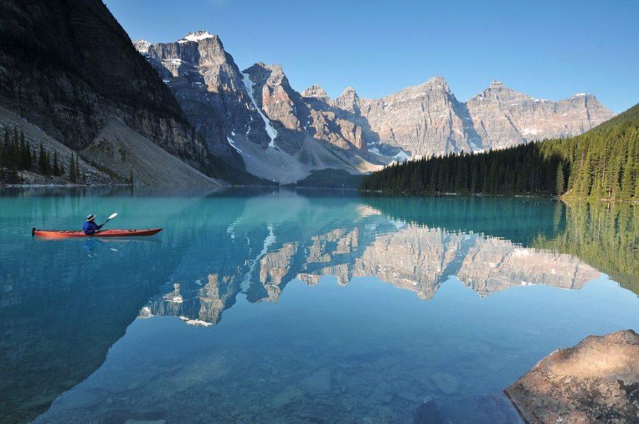 Канада с большим количеством озер