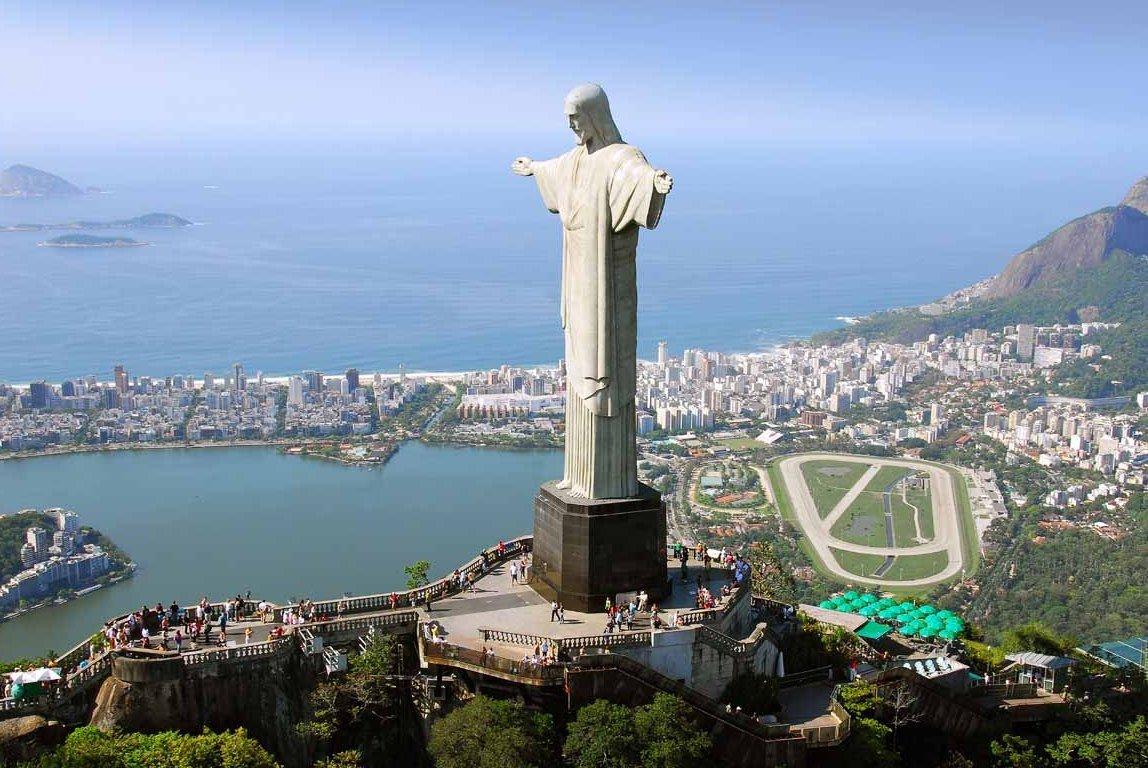 Христос-Искупитель в Бразилии