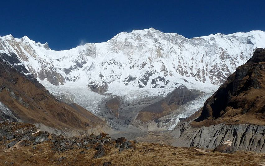 Высокая гора Аннапурна в Непале